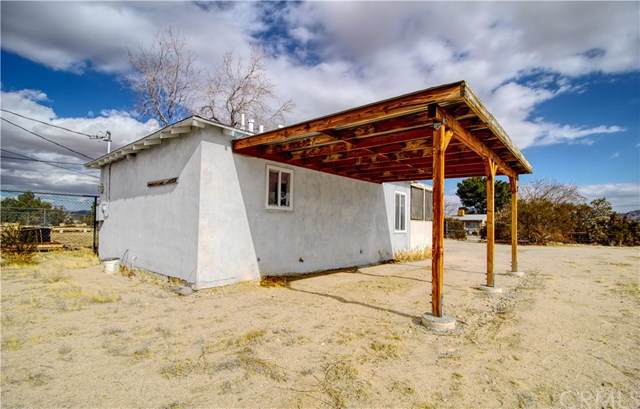 5078 1st Street E, Joshua Tree, CA 92252 (#JT20006936) :: Allison James Estates and Homes
