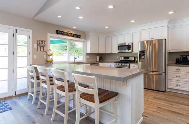 2062 Ladera Ct, Carlsbad, CA 92009 (#200001874) :: RE/MAX Estate Properties