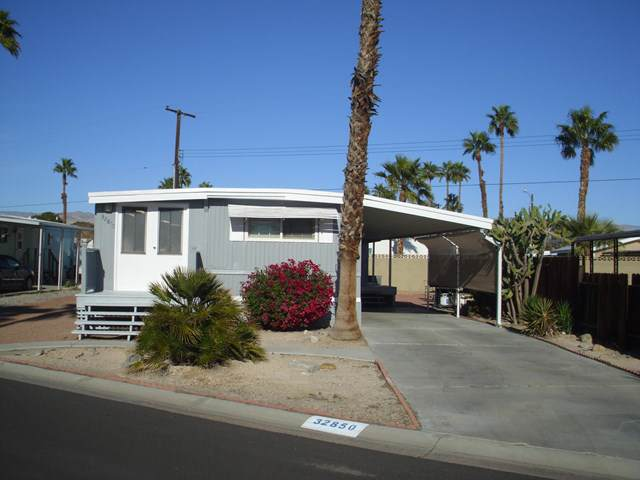 32850 Flagstaff Avenue, Thousand Palms, CA 92276 (#219036624DA) :: Keller Williams Realty, LA Harbor