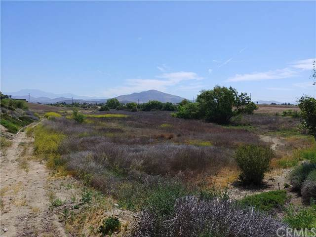 7 Max Gilliss Boulevard, Murrieta, CA  (#SW20005241) :: Camargo & Wilson Realty Team