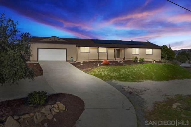 8854 Lakeview Rd, Lakeside, CA 92040 (#200002073) :: eXp Realty of California Inc.