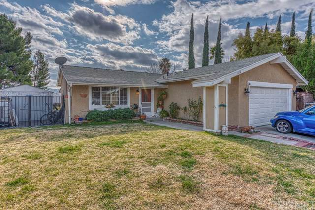14616 Mums Meadow Court, Canyon Country, CA 91387 (#SR20007623) :: The Laffins Real Estate Team