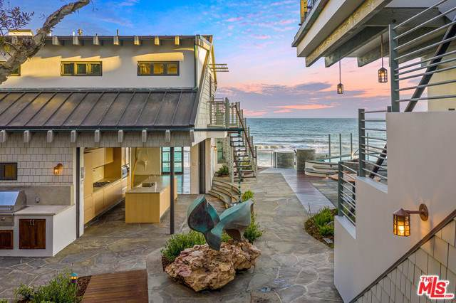 31360 Broad Beach Road, Malibu, CA 90265 (#20543324) :: Allison James Estates and Homes