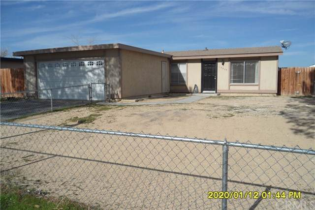 10933 Rome Beauty Drive, California City, CA 93505 (#CV20008568) :: The Marelly Group | Compass