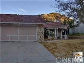 15148 Poppy Meadow Street, Canyon Country, CA 91387 (#SR20008611) :: The Laffins Real Estate Team