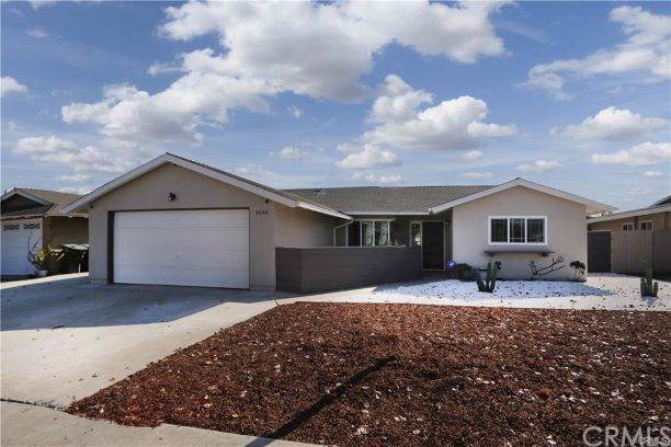 1593 Corsica Place, Costa Mesa, CA 92626 (#DW20006080) :: Z Team OC Real Estate