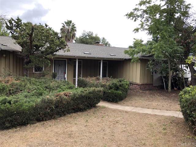 8233 Sunset Rd, Lakeside, CA 92040 (#200002234) :: eXp Realty of California Inc.