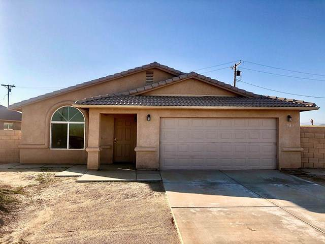 1985 Bell Court Court, Thermal, CA 92274 (#219036813DA) :: Sperry Residential Group