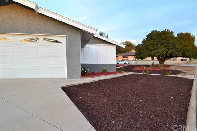 4016 Cedar Avenue, Norco, CA 92860 (#IV20009300) :: J1 Realty Group