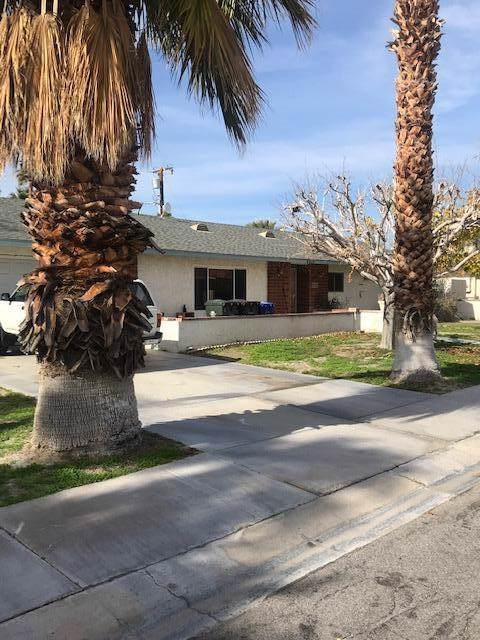 2055 Acacia Road N, Palm Springs, CA 92262 (#219036833PS) :: Sperry Residential Group