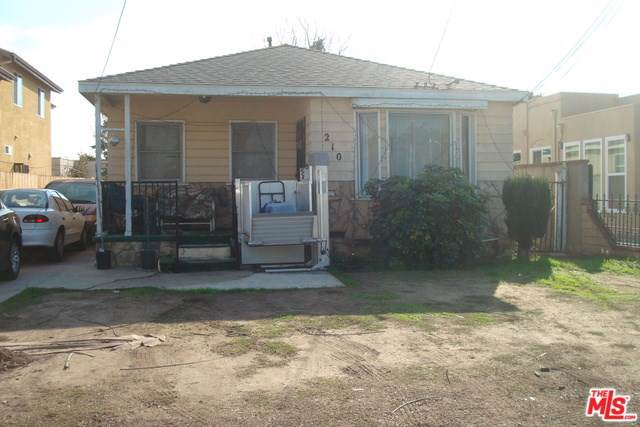 210 W 105TH Street, Los Angeles (City), CA 90003 (#20543164) :: The Laffins Real Estate Team