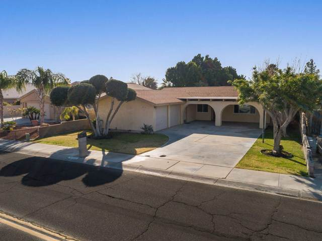 68545 Tachevah Drive, Cathedral City, CA 92234 (#219036894DA) :: The Bashe Team
