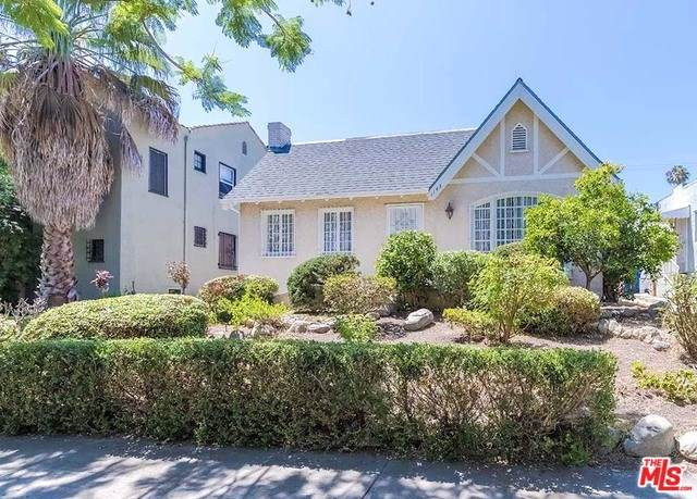 1143 S Highland Avenue, Los Angeles (City), CA 90019 (#20544020) :: Millman Team