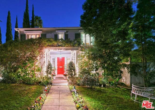 2026 N Oxford Avenue, Los Angeles (City), CA 90027 (#20543278) :: Twiss Realty