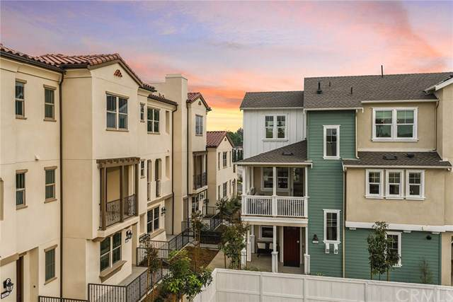 306 Vintage Way, Tustin, CA 92708 (#OC20010459) :: Berkshire Hathaway Home Services California Properties