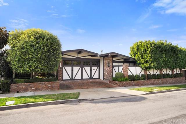 2729 Harbor View Drive, Corona Del Mar, CA 92625 (#NP20011083) :: Sperry Residential Group