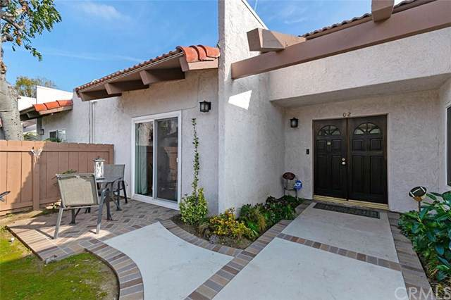 17544 Vandenberg Lane #2, Tustin, CA 92780 (#PW20005462) :: Berkshire Hathaway Home Services California Properties