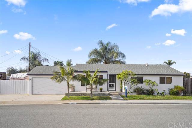 2203 Puente Avenue, Costa Mesa, CA 92627 (#OC20011581) :: Sperry Residential Group
