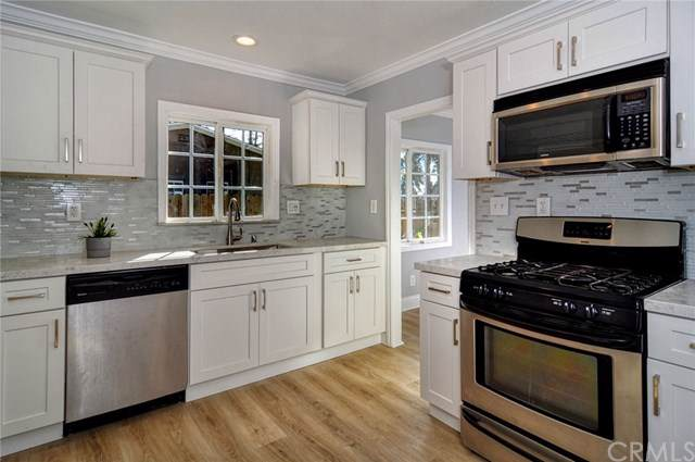 2357 N Mountain View Avenue, San Bernardino, CA 92405 (#SW20011605) :: RE/MAX Estate Properties