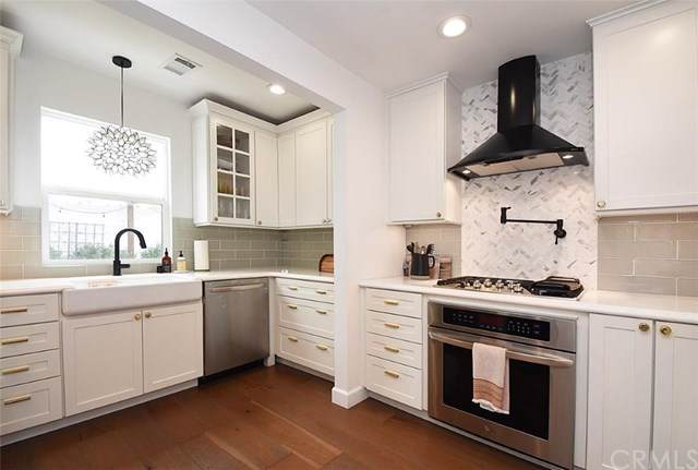 8106 Reading Avenue, Los Angeles (City), CA 90045 (#PV20006937) :: The Miller Group