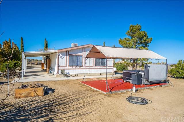 12013 Mountain Road, Pinon Hills, CA 92372 (#IV20011752) :: J1 Realty Group