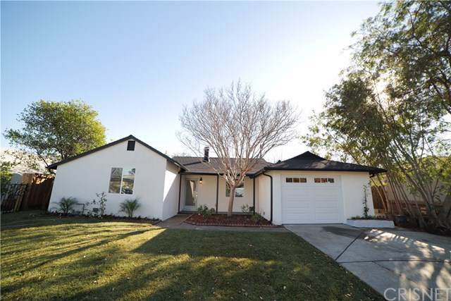 17470 Runnymede St, Lake Balboa, CA 91406 (#SR20011737) :: Twiss Realty