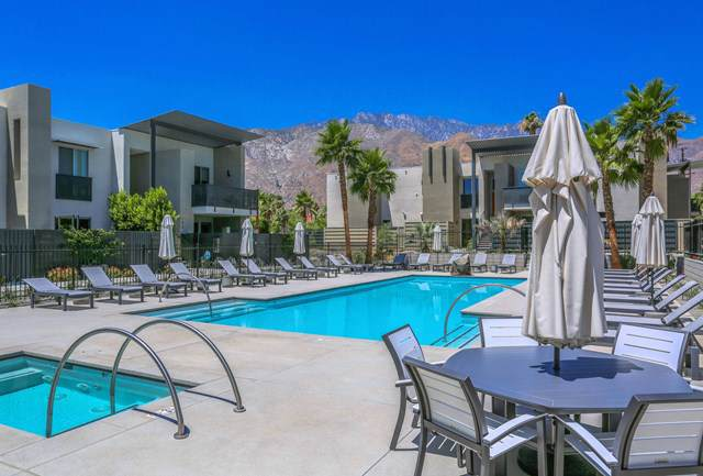 106 The Riv, Palm Springs, CA 92262 (#219037006PS) :: Sperry Residential Group