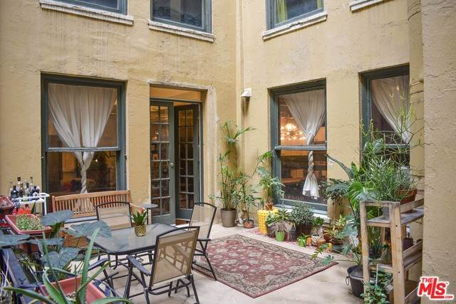 108 W 2ND Street #212, Los Angeles (City), CA 90012 (#20544512) :: Steele Canyon Realty