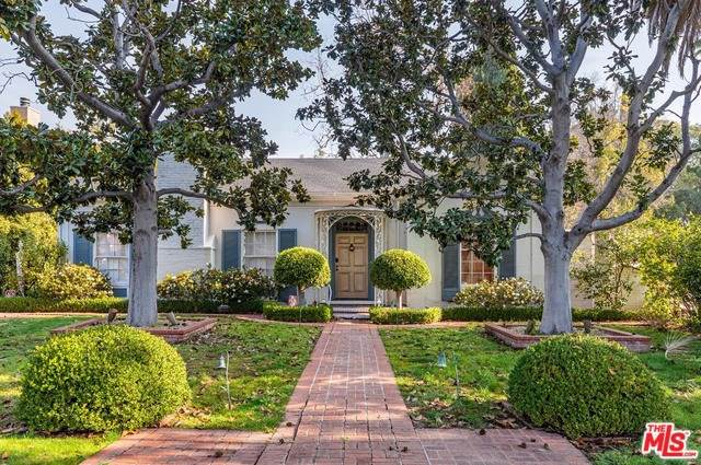 606 N Crescent Drive, Beverly Hills, CA 90210 (#20544734) :: eXp Realty of California Inc.