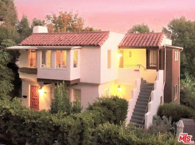 3338 Waverly Drive, Los Angeles (City), CA 90027 (#20543408) :: Twiss Realty