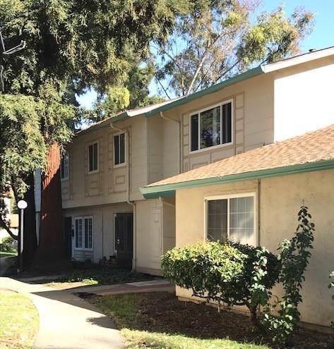 2056 Ojo De Agua Court, San Jose, CA 95116 (#ML81779408) :: Veléz & Associates