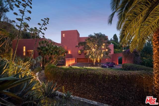 470 Layton Way, Los Angeles (City), CA 90049 (#20541712) :: Doherty Real Estate Group