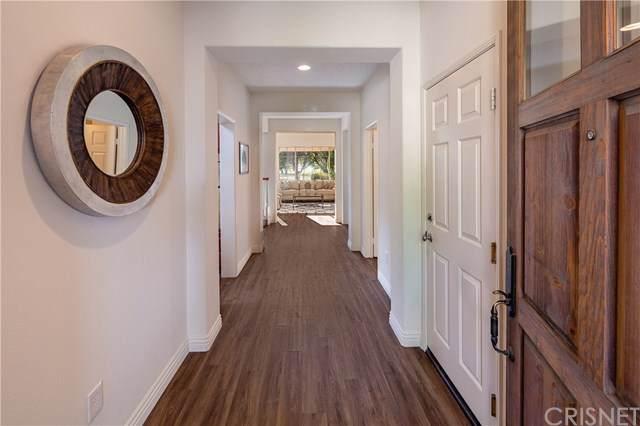26801 Monet Lane, Valencia, CA 91355 (#SR20012014) :: The Brad Korb Real Estate Group