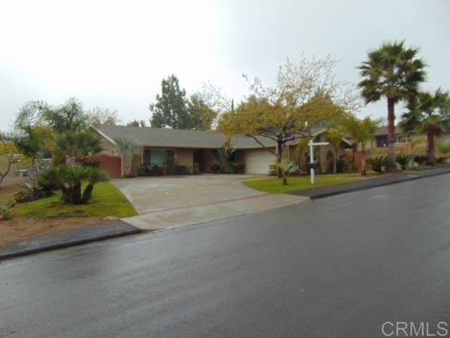 2535 Kenda Way, Alpine, CA 91901 (#200002907) :: eXp Realty of California Inc.