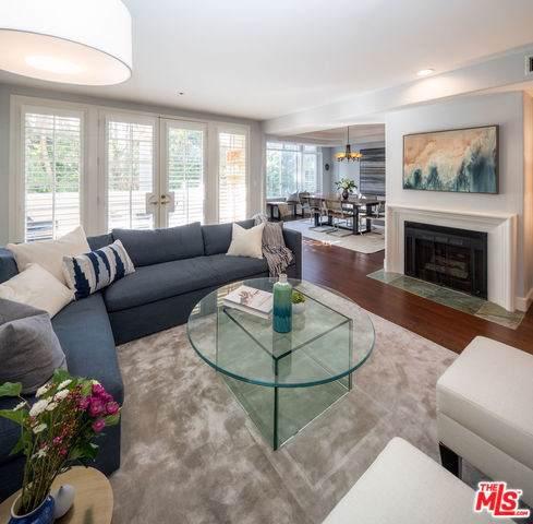 575 S Barrington Avenue #313, Los Angeles (City), CA 90049 (#20544422) :: Doherty Real Estate Group