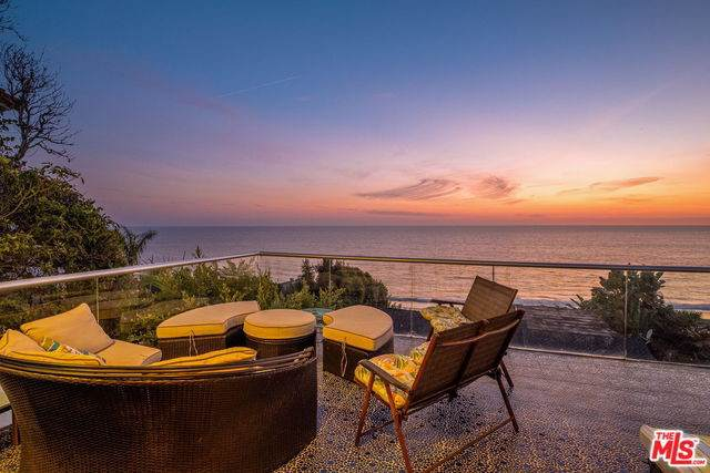 17737 Porto Marina Way, Pacific Palisades, CA 90272 (#20539630) :: Sperry Residential Group