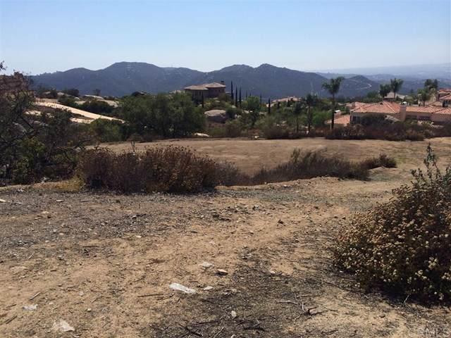 18 Crystal Ridge Dr., Escondido, CA 92026 (#200002954) :: eXp Realty of California Inc.