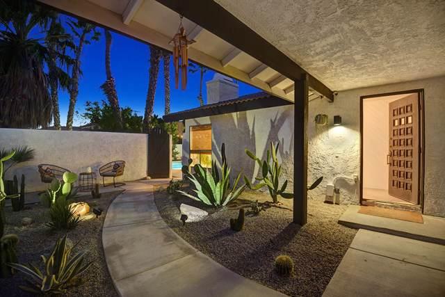 2943 Cerritos Road, Palm Springs, CA 92262 (#219037086PS) :: Millman Team