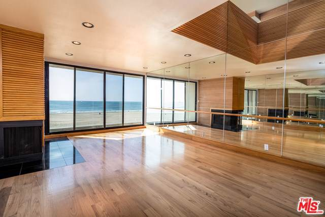 6 Eastwind Street #320, Marina Del Rey, CA 90292 (#20545000) :: RE/MAX Estate Properties