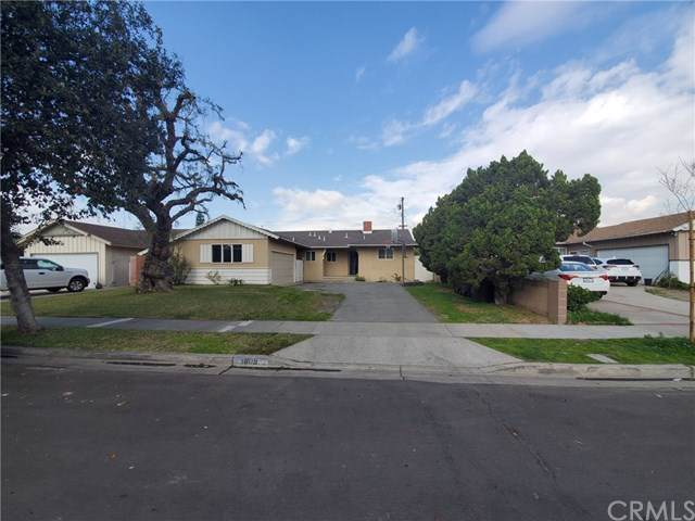 1809 E Briarvale Avenue, Anaheim, CA 92805 (#PW20012512) :: Doherty Real Estate Group