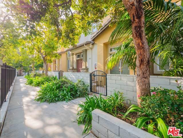 7551 Shady Glen Circle, Huntington Beach, CA 92648 (#20545096) :: J1 Realty Group