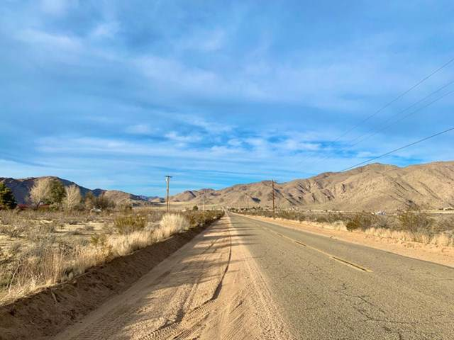 0 Milpas Drive, Apple Valley, CA 92308 (#521190) :: That Brooke Chik Real Estate