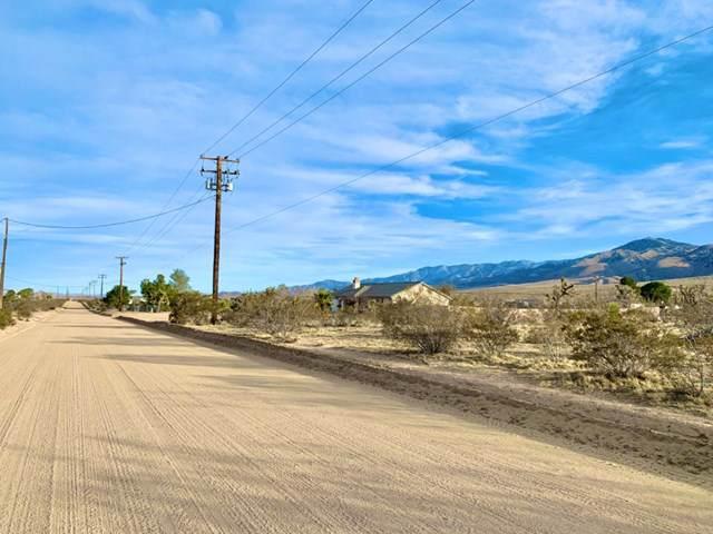 0 Desert View Road, Apple Valley, CA 92308 (#521186) :: That Brooke Chik Real Estate