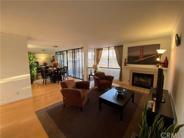 1815 Glendon Avenue #206, Los Angeles (City), CA 90025 (#PW20012619) :: Allison James Estates and Homes