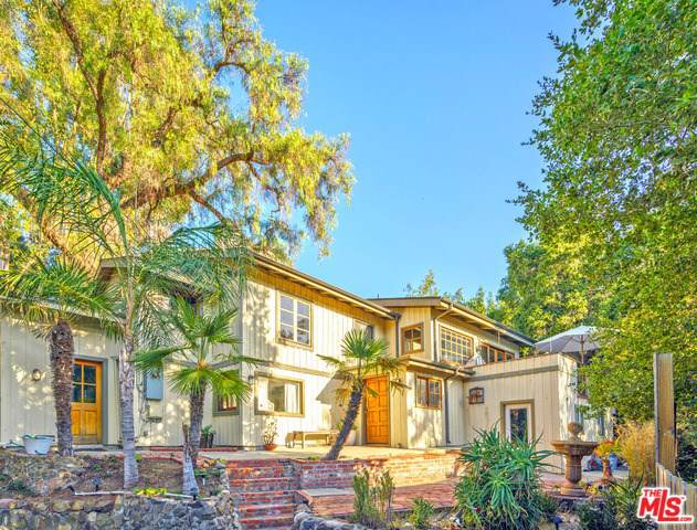 21544 Summit Trail, Topanga, CA 90290 (#20545404) :: The Houston Team | Compass
