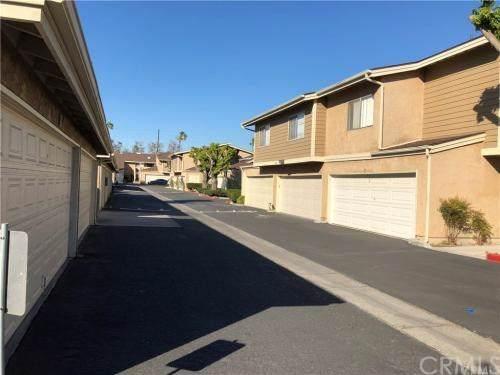 4002 W 5th St #204, Santa Ana, CA 92703 (#OC20012924) :: Steele Canyon Realty