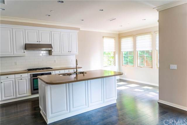 103 Bianco, Irvine, CA 92618 (#OC20013164) :: Doherty Real Estate Group