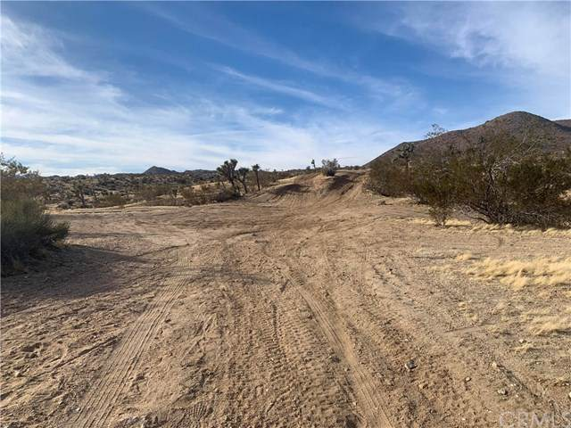 0 Indio Avenue, Yucca Valley, CA  (#JT20013174) :: RE/MAX Masters