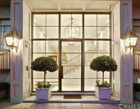 9601 Charleville #5, Beverly Hills, CA 90212 (#PV20013151) :: Crudo & Associates