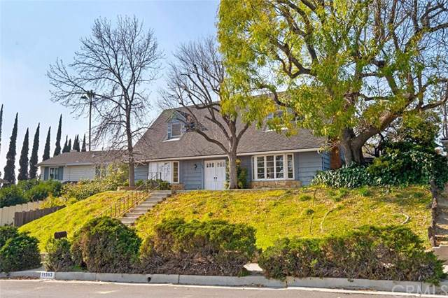 11363 Darby Avenue, Porter Ranch, CA 91326 (#OC20013240) :: Twiss Realty